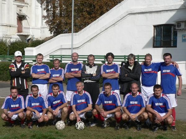 Матчи ветеранов никопольского футбола